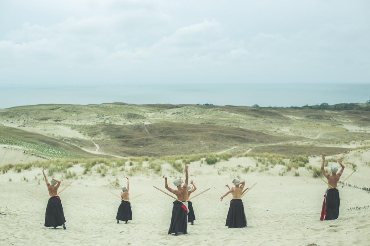 Renginio nuotrauka, Užpustyti   Istorinė ekskursija - šokio spektaklis