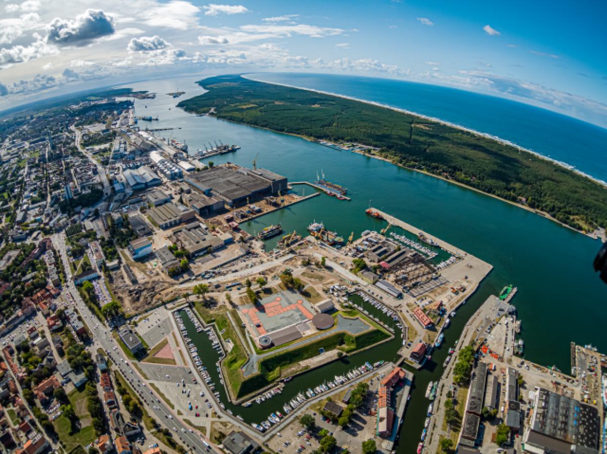 Nepriklausomas Klaipėdos uostas švenčia 30-ąjį gimtadienį: įveikta per 200 tūkst. virtualių jūrmylių