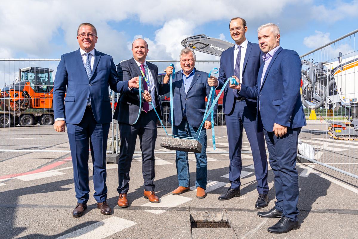 Susisiekimo ministras M. Skuodis paskelbė oficialią Palangos oro uosto rekonstrukcijos pradžią