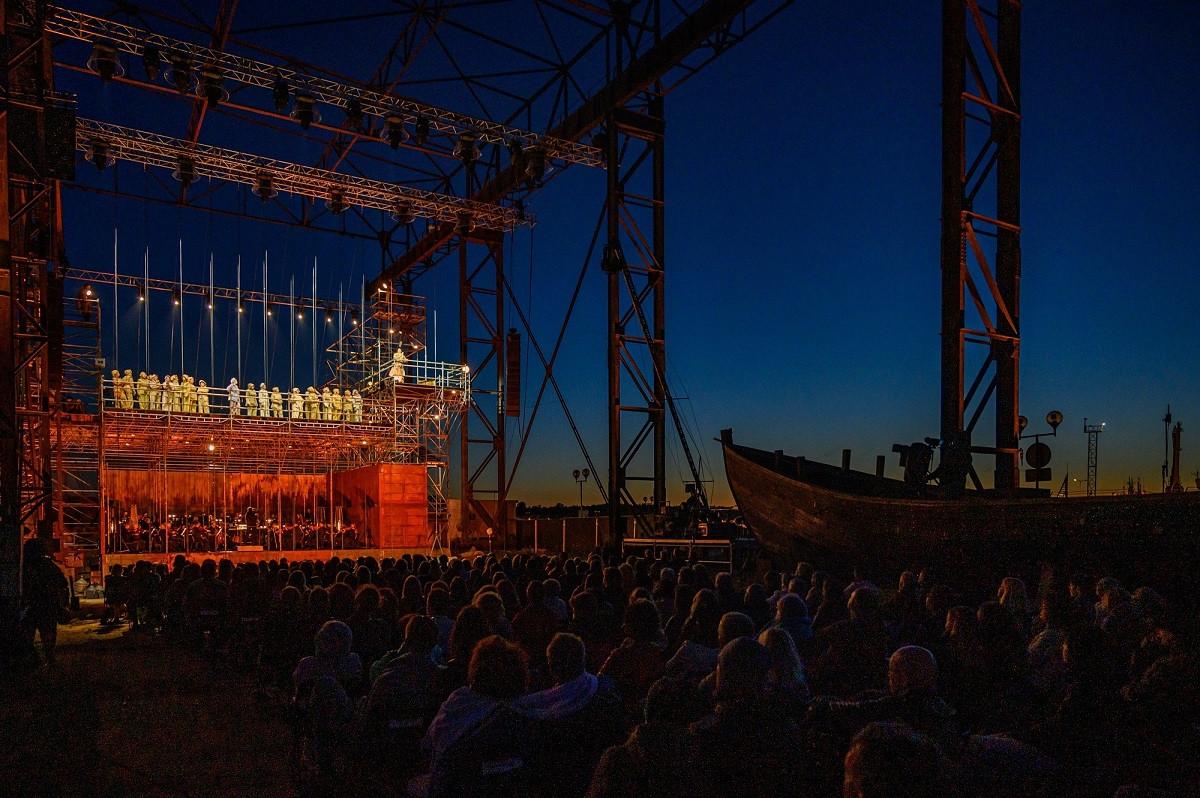 Klaipėdoje Olando partiją atliks geriausias Latvijos operos solistas Rihards Mačanovskis