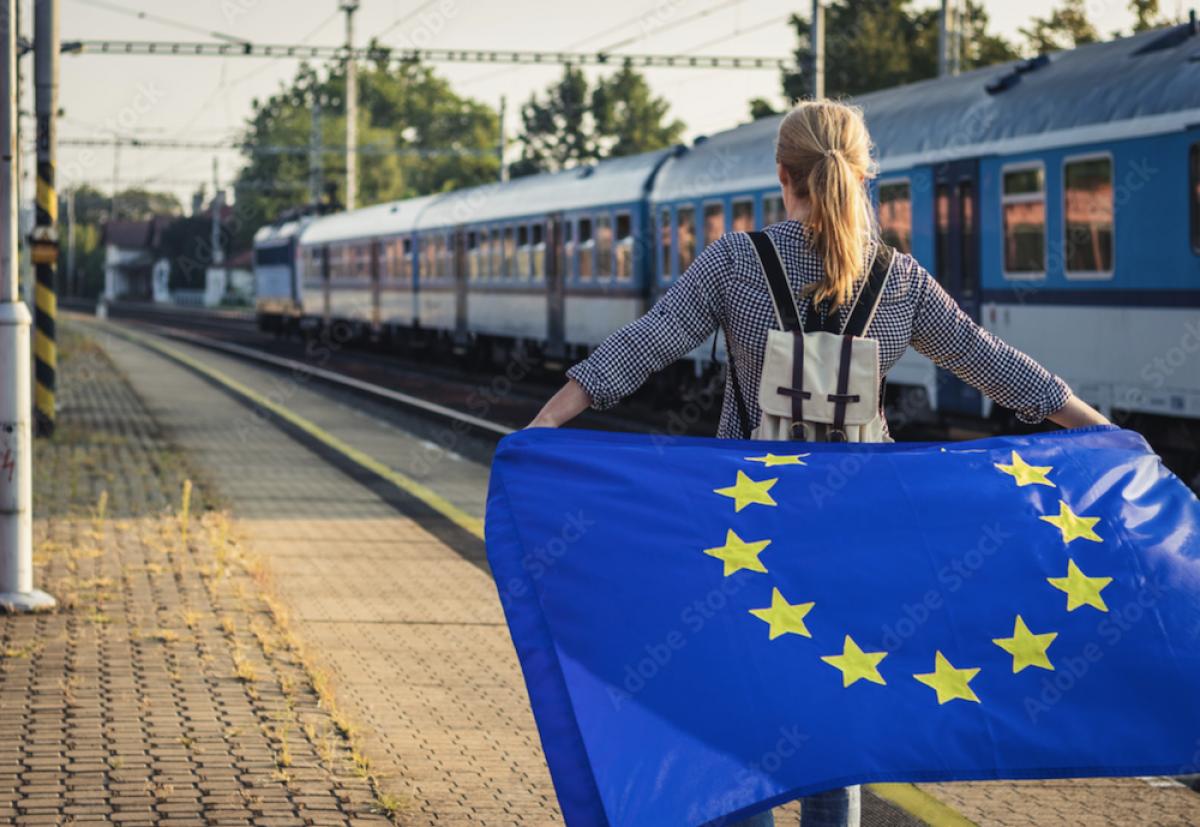 Europos komisija jaunimui dovanos 60 000 bilietų nemokamai keliauti geležinkeliais