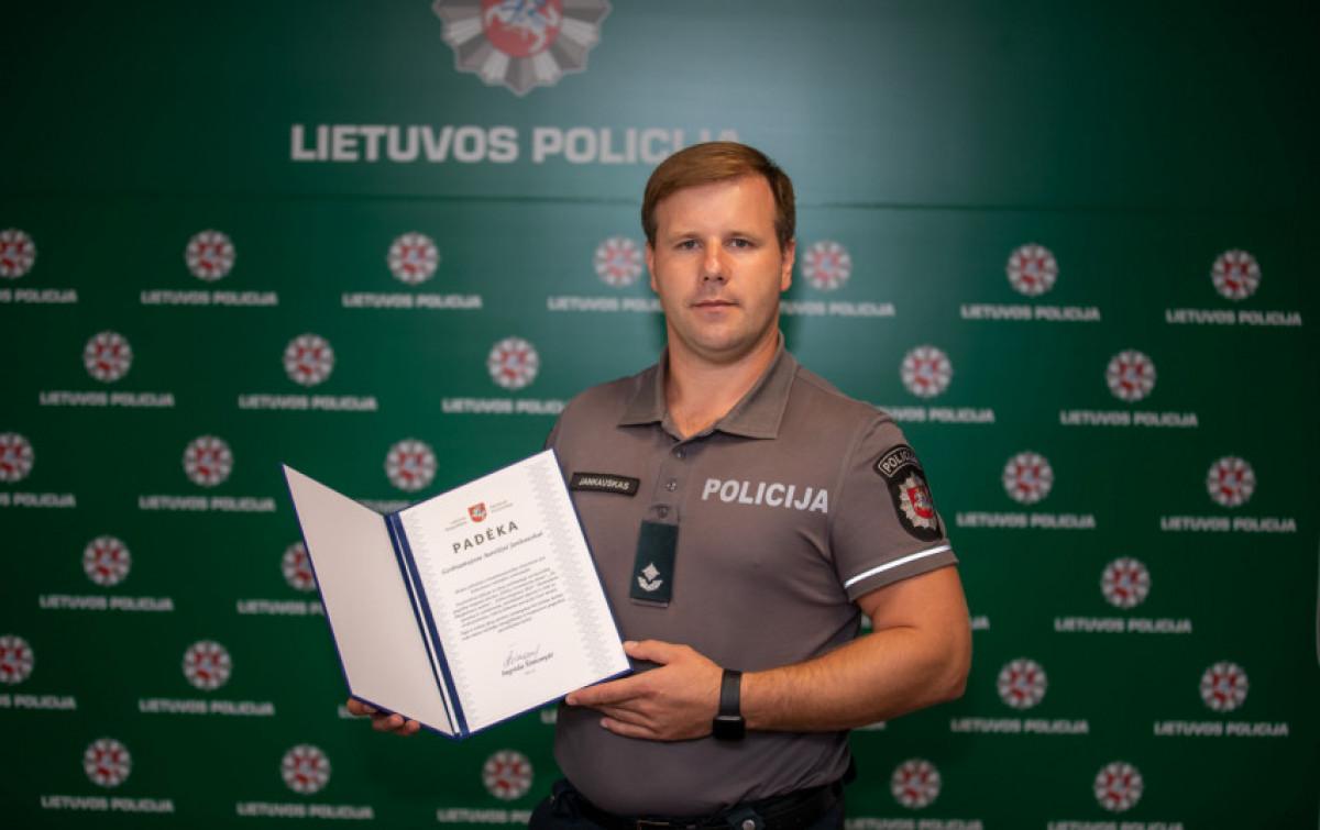 Klaipėdos apskr. VPK Kelių policijos pareigūnui - Ministrės Pirmininkės padėka