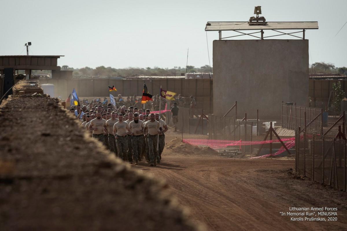 Misijoje esantys Lietuvos kariai surengė pagarbos bėgimą