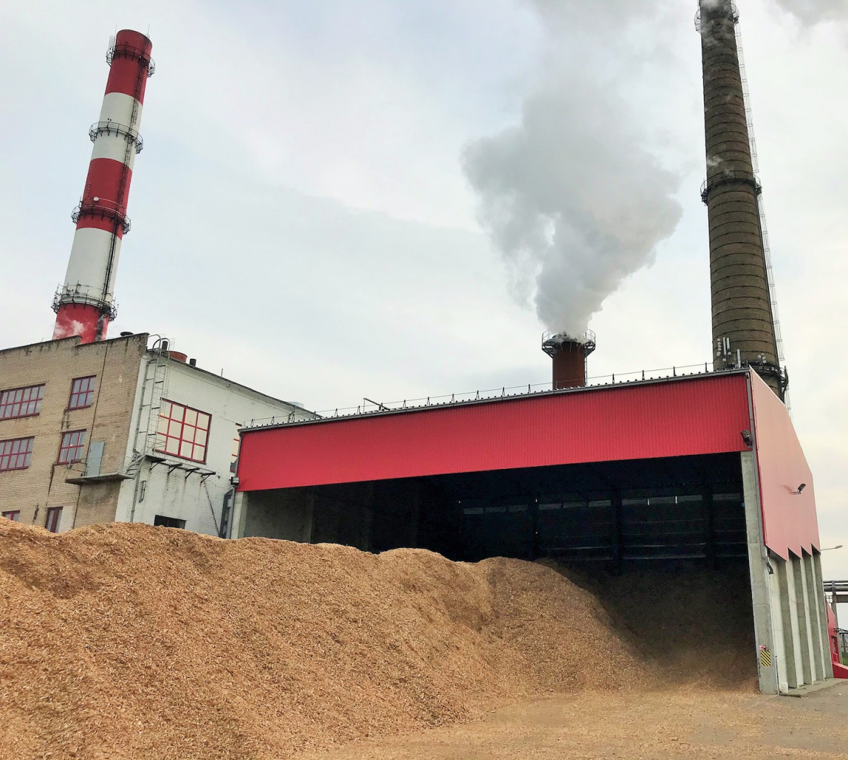 """AB """"Klaipėdos energija"""" paaiškino, kodėl klientams padidės vasario šilumos kaina"""