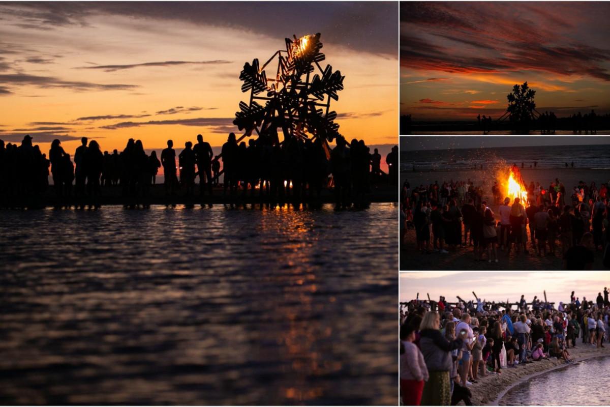 Šventojoje – įspūdinga Joninių šventė: kurortą nuklojo mugės, prie laužo susirinko tūkstančiai žmonių