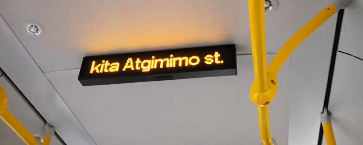 Naujuosiuose autobusuose - vidinės švieslentės
