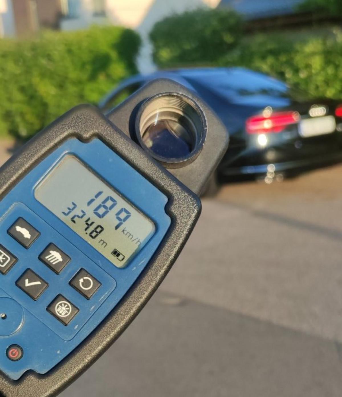 Klaipėdos pareigūnai sulaikė 189 km/h mieste skriejusį Audi A8 vairuotoją