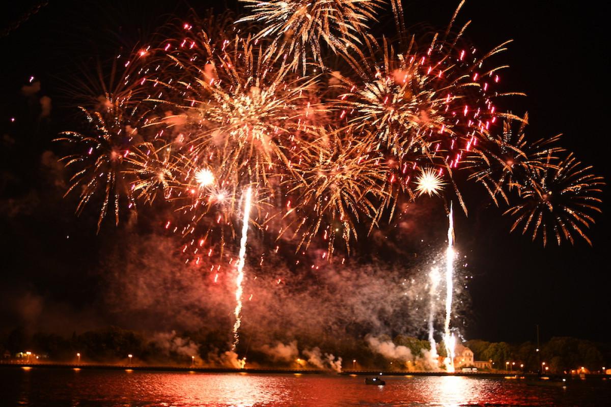 Pirmoji Jūros šventės diena finišavo su griausmingais koncertais ir jubiliejiniu fejerverku