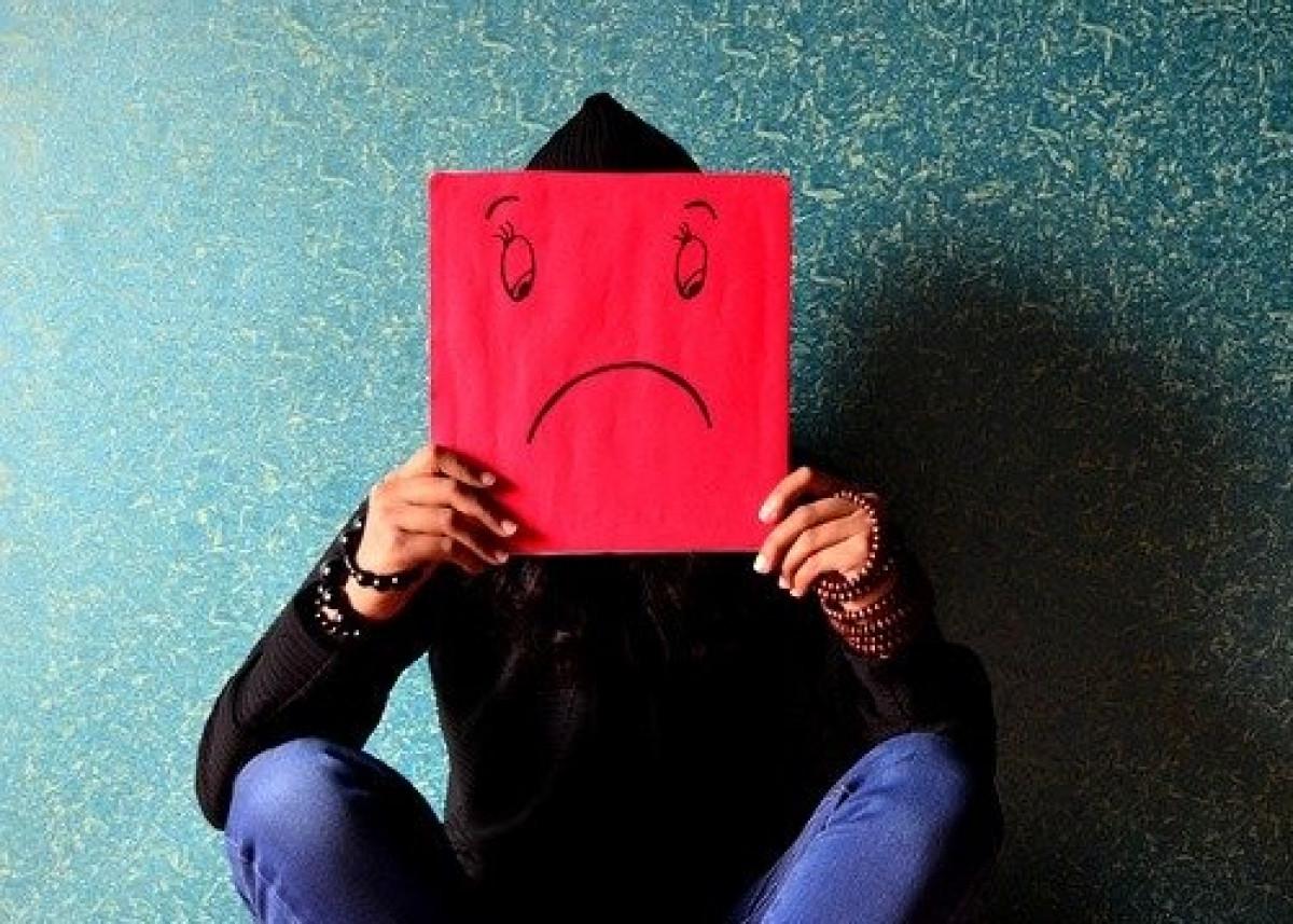 Naujausias tyrimas: pandemija dramatiškai pablogino žmonių emocinę būseną