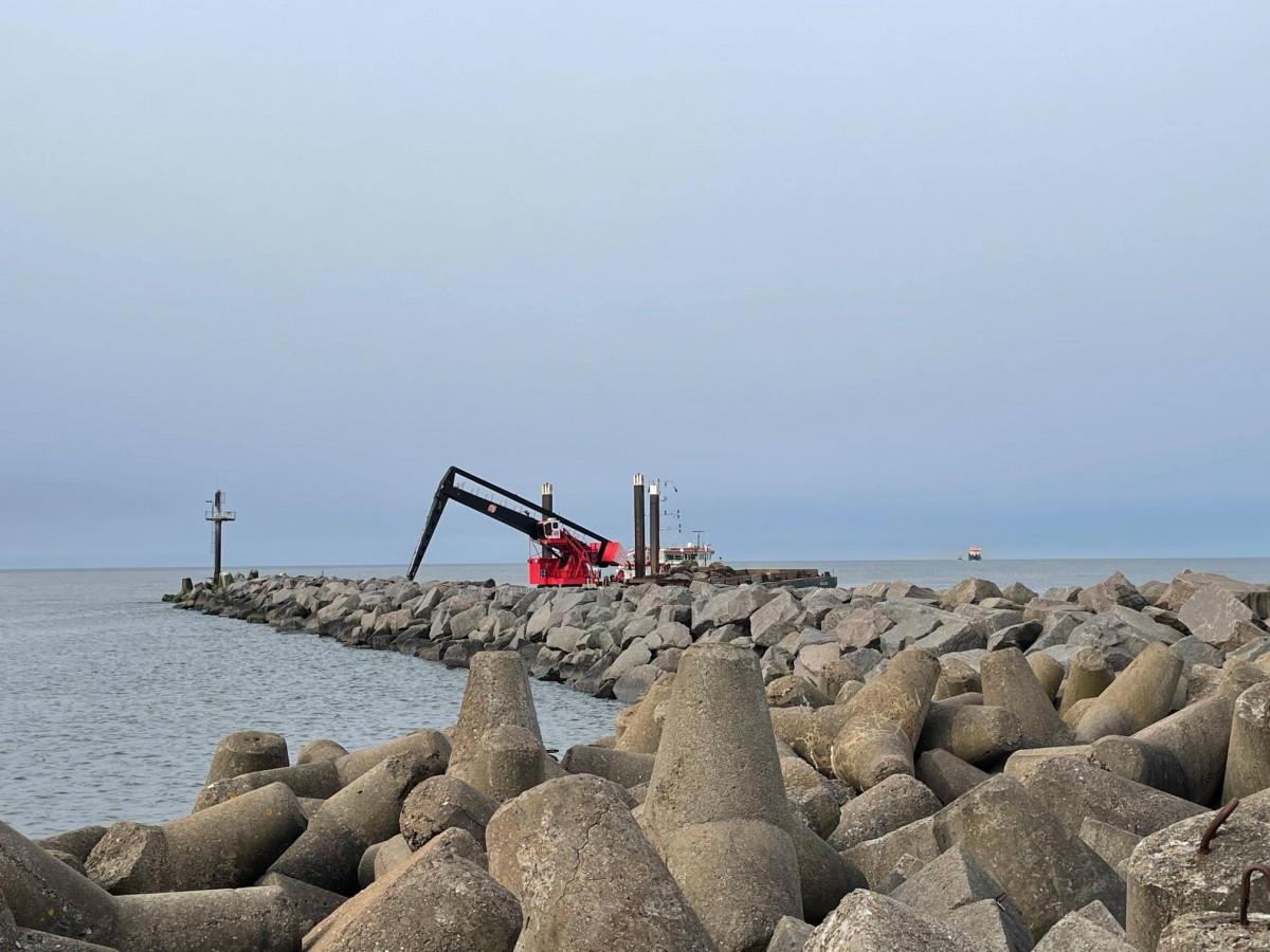 Klaipėdos jūrų uostas bangolaužių rekonstrukcijos darbai