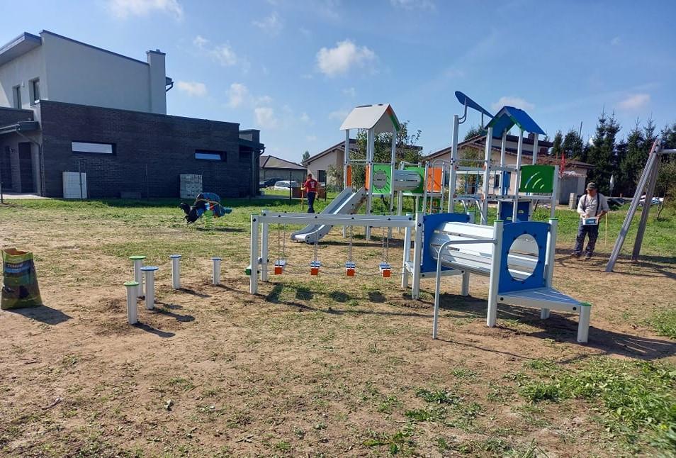 Mozūriškės Klaipėdos rajonas vaikų aikštelė sporto erdvė