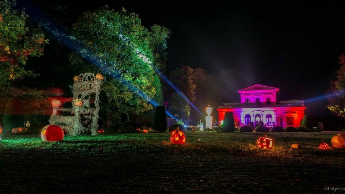 """Švėkšnoje spalio 22-23 d. sušvis moliūgų-žibintų šventė """"Mes už šviesą 2021"""""""