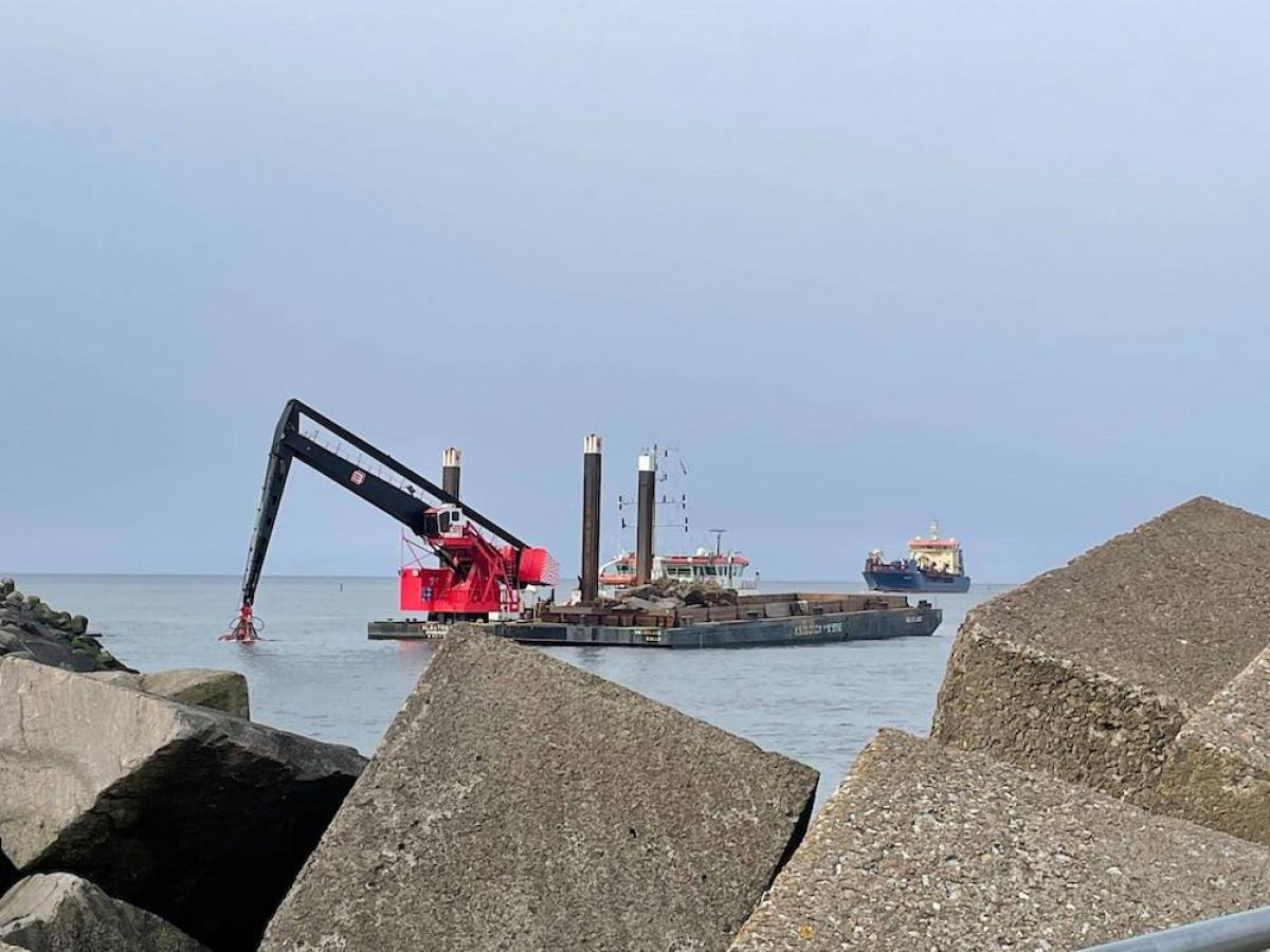 Prasidėjo uosto bangolaužių rekonstravimo darbai