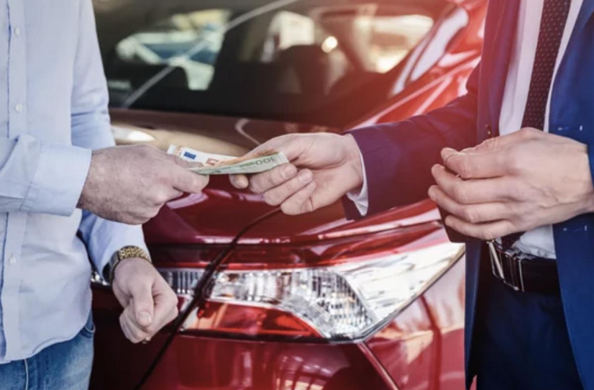 Nuo gegužės 1 d. automobilį parduoti ar registruoti bus galima tik turint unikalų kodą