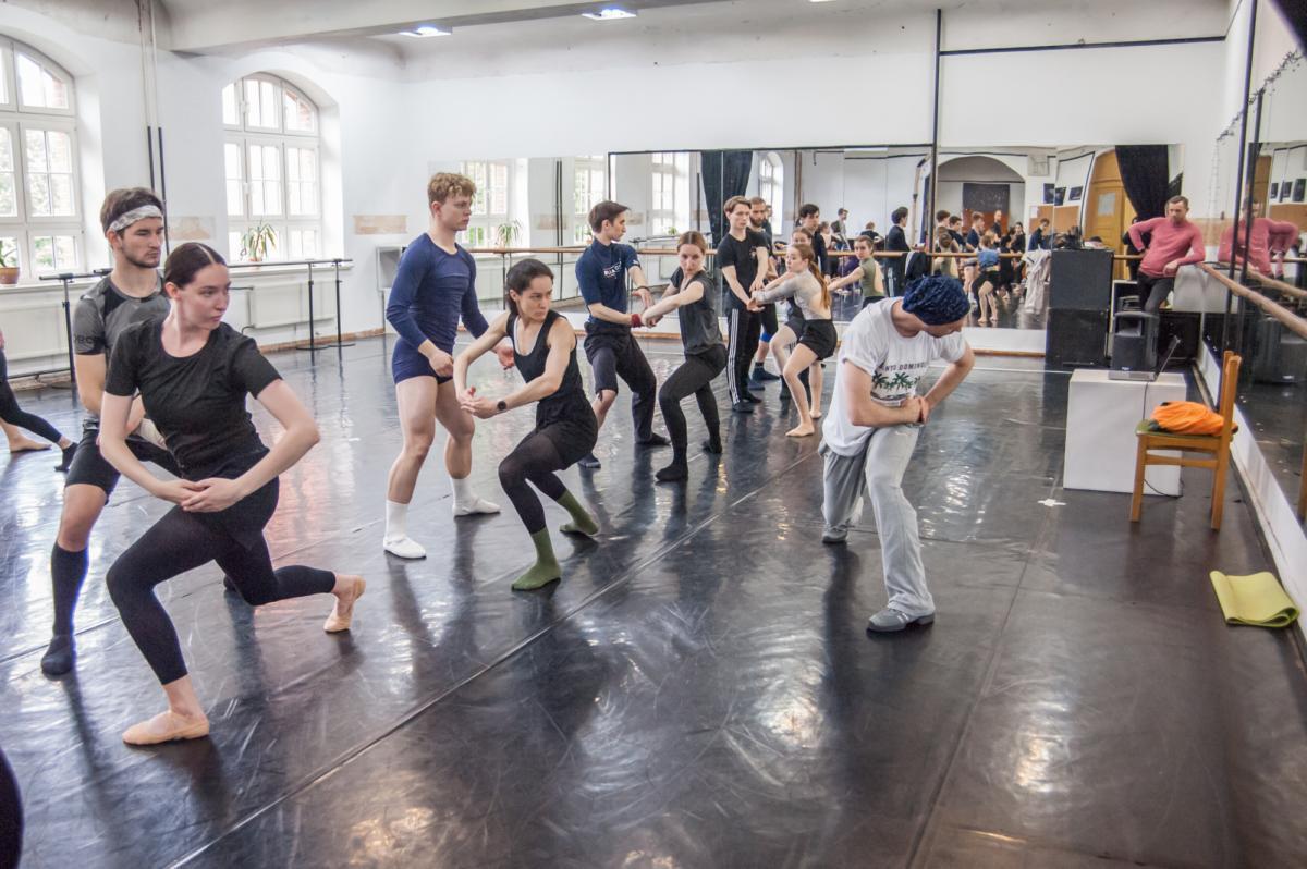 Baleto premjeros elinge taps iššūkiu tarptautinei kūrėjų komandai