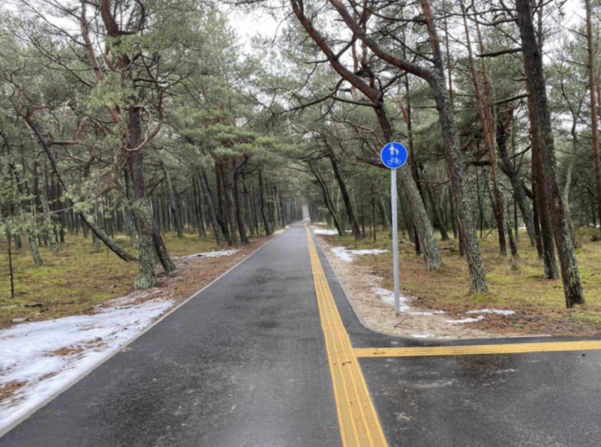 Neringoje naujai sutvarkytas dviračių ir pėsčiųjų takas